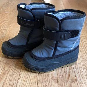 L.L.Bean kids boots. EUC